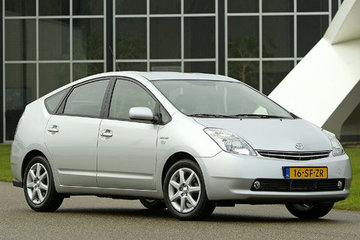 Prius II (04-09)