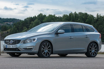 Volvo V60 (10-18)