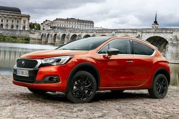 DS4 Crossback (15-18)